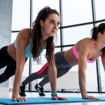 Marathon-Fitness-athletic-women-plank