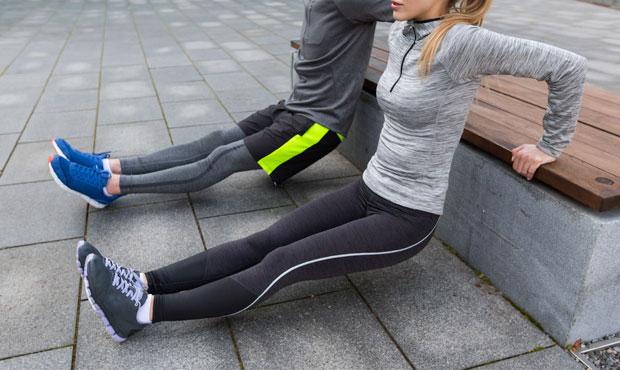 Marathon-Fitness-couple-tricept-dips