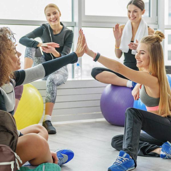 Marathon-Fitness-women-consultation-pilates