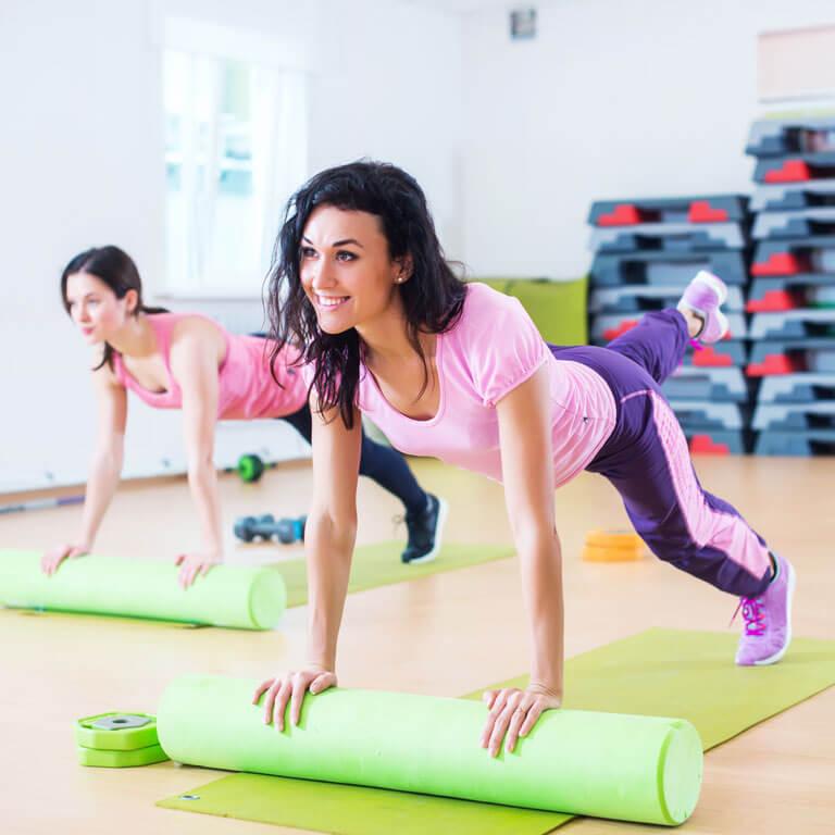 Marathon-Fitness-women-roller-1